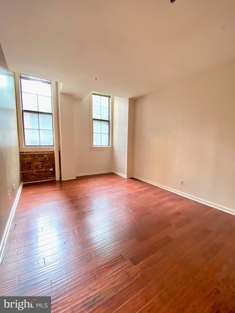 2 Bedrooms, Northern Liberties - Fishtown Rental in Philadelphia, PA for $2,000 - Photo 2