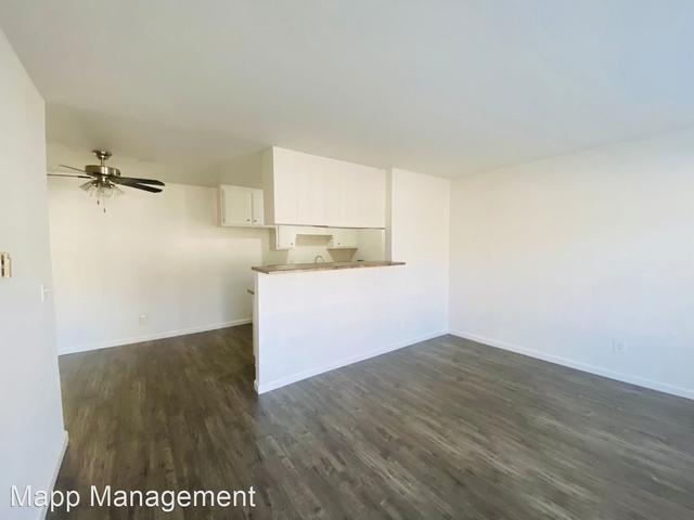 2 Bedrooms, North Inglewood Rental in Los Angeles, CA for $2,095 - Photo 1