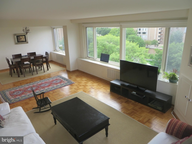 3 Bedrooms, Foggy Bottom Rental in Washington, DC for $4,200 - Photo 1