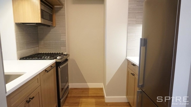 Studio, Hell's Kitchen Rental in NYC for $2,438 - Photo 2
