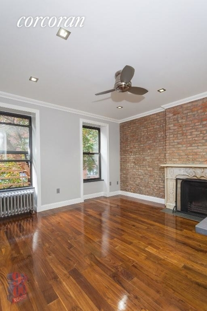2 Bedrooms, Sutton Place Rental in NYC for $2,912 - Photo 1