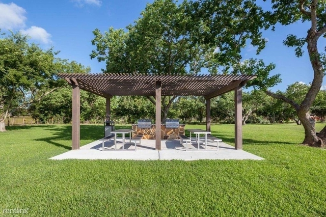 2 Bedrooms, Clear Lake Crossing Rental in Houston for $790 - Photo 1