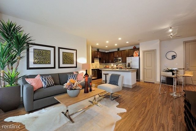 2 Bedrooms, Uptown Rental in Dallas for $2,500 - Photo 1