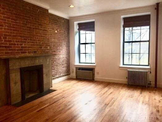 Studio, Yorkville Rental in NYC for $1,512 - Photo 1