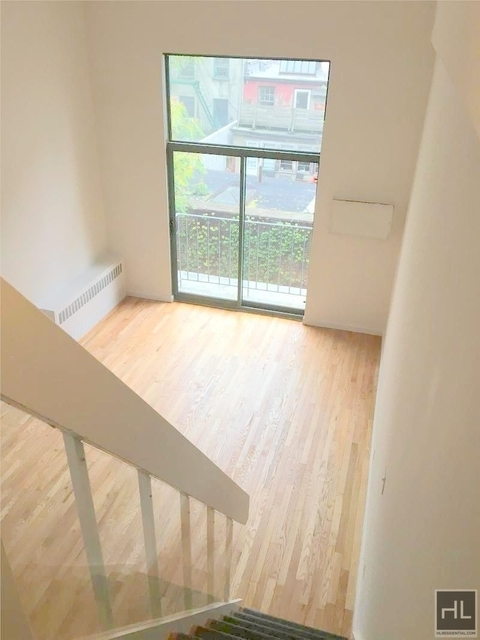 2 Bedrooms, Gramercy Park Rental in NYC for $3,262 - Photo 2