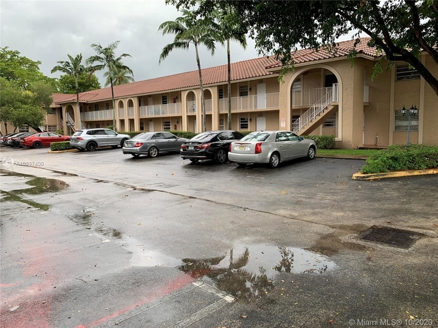 2 Bedrooms, Country Club Rental in Miami, FL for $1,450 - Photo 1