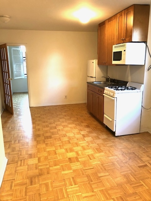 1 Bedroom, West Village Rental in NYC for $1,829 - Photo 1