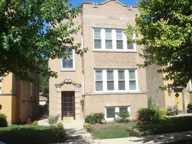 3 Bedrooms, Hollywood Park Rental in Chicago, IL for $1,550 - Photo 1