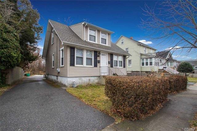 2 Bedrooms, Babylon Rental in Long Island, NY for $2,175 - Photo 1