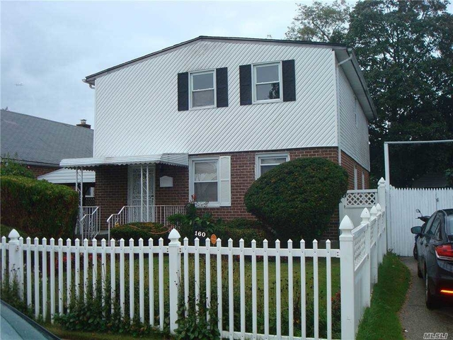 3 Bedrooms, Elmont Rental in Long Island, NY for $2,400 - Photo 1
