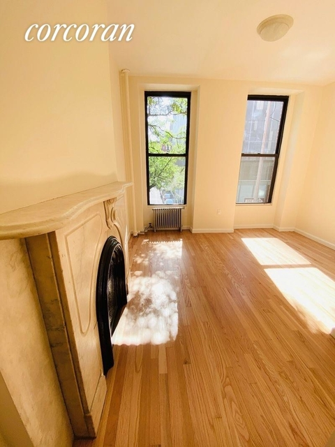 2 Bedrooms, East Village Rental in NYC for $3,162 - Photo 1