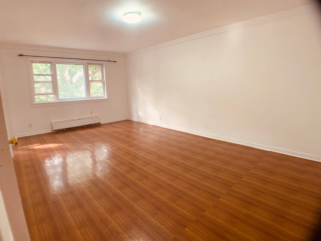 2 Bedrooms, Astoria Rental in NYC for $2,399 - Photo 1