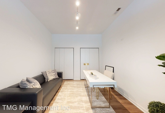 3 Bedrooms, Douglas Rental in Chicago, IL for $2,980 - Photo 1