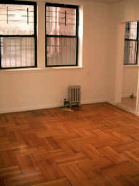 3 Bedrooms, Fort George Rental in NYC for $2,000 - Photo 2