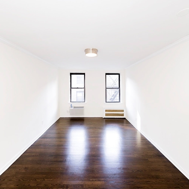 Studio, Sutton Place Rental in NYC for $2,042 - Photo 2