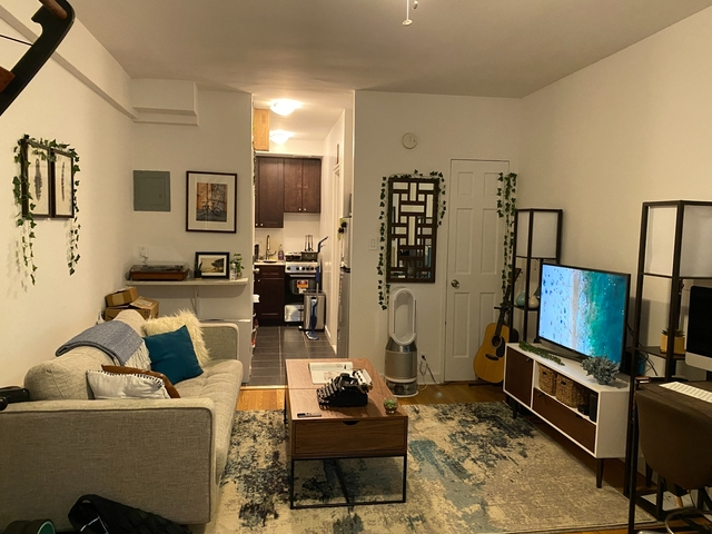 Studio, Lenox Hill Rental in NYC for $1,995 - Photo 2