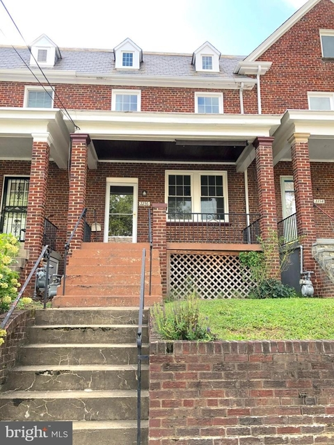 3 Bedrooms, Glover Park Rental in Washington, DC for $4,000 - Photo 1
