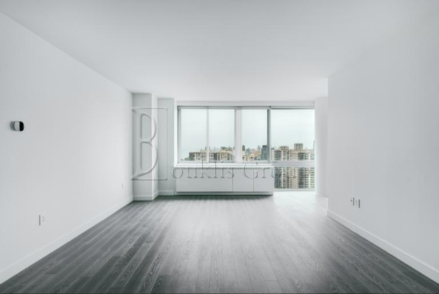 3 Bedrooms, Lincoln Square Rental in NYC for $5,395 - Photo 1