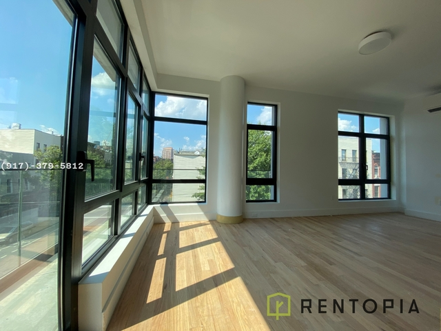 2 Bedrooms, Greenpoint Rental in NYC for $4,119 - Photo 1