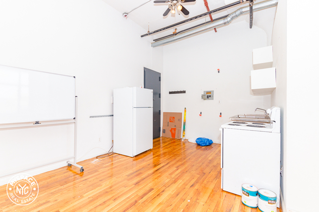 2 Bedrooms, East Williamsburg Rental in NYC for $3,400 - Photo 2