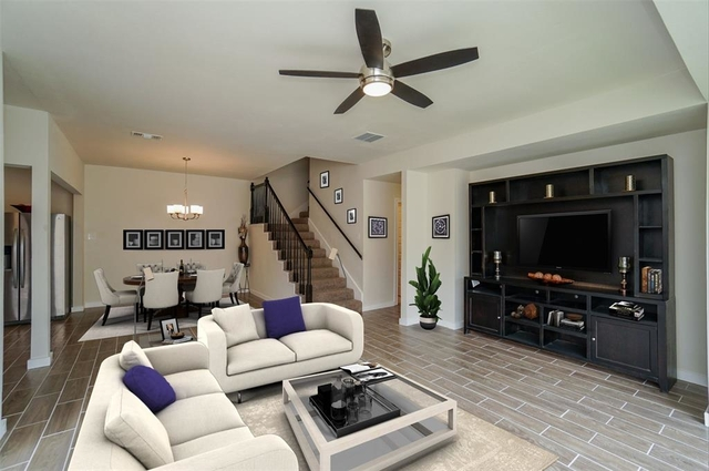 3 Bedrooms, Barker Court Townhome Rental in Houston for $2,800 - Photo 1