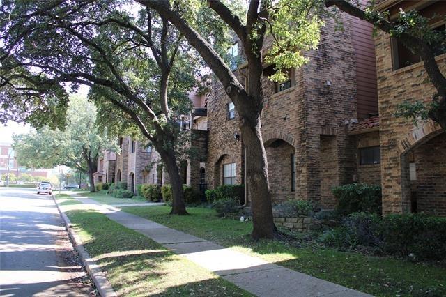 2 Bedrooms, University Park Rental in Dallas for $2,300 - Photo 1