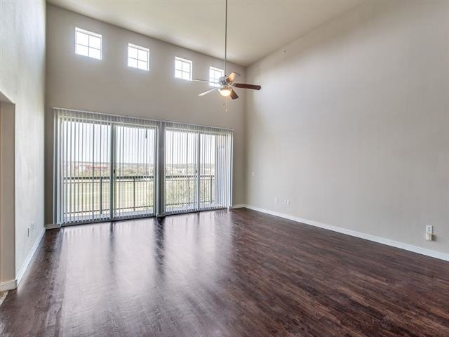 2 Bedrooms, Fort Worth Rental in Dallas for $2,550 - Photo 1