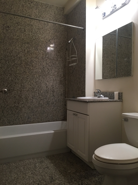 2 Bedrooms, Alphabet City Rental in NYC for $2,700 - Photo 2