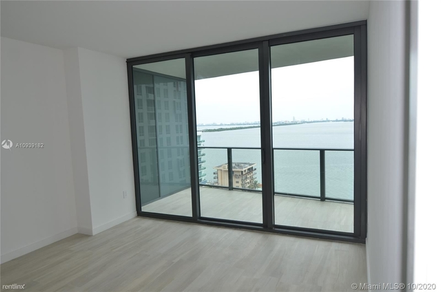 2 Bedrooms, Bankers Park Rental in Miami, FL for $2,900 - Photo 1