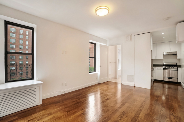 1 Bedroom, Alphabet City Rental in NYC for $2,125 - Photo 1