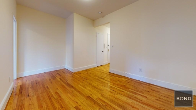 3 Bedrooms, Gramercy Park Rental in NYC for $3,125 - Photo 1
