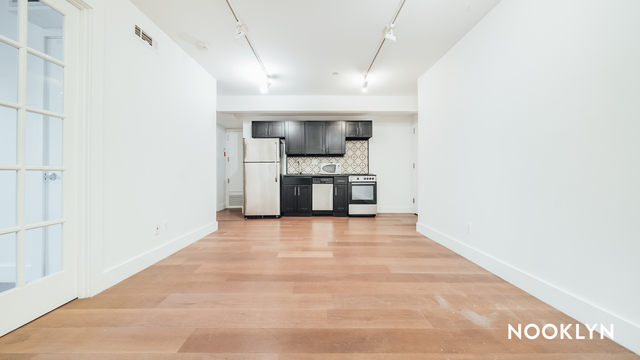 Room, Bedford-Stuyvesant Rental in NYC for $725 - Photo 1