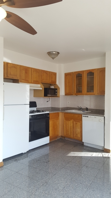 1 Bedroom, Steinway Rental in NYC for $1,950 - Photo 1