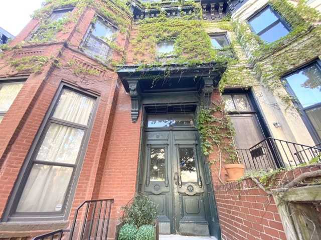 Studio, Old Town Triangle Rental in Chicago, IL for $1,150 - Photo 1