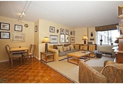 1 Bedroom, Battery Park City Rental in NYC for $2,700 - Photo 1