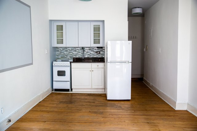 Studio, Hell's Kitchen Rental in NYC for $2,100 - Photo 1
