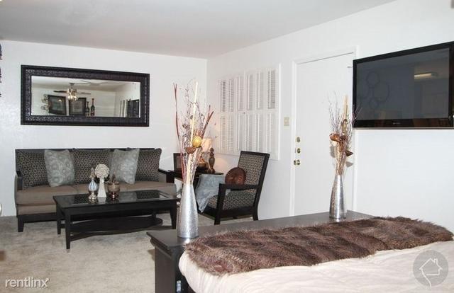 1 Bedroom, Northeast Tarrant Rental in Dallas for $668 - Photo 1