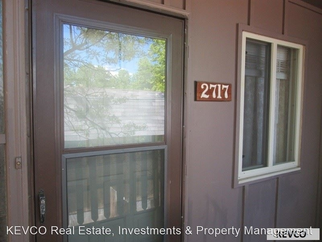 2 Bedrooms, Thunderbird East Rental in Fort Collins, CO for $1,125 - Photo 1