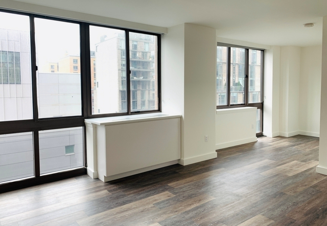 Studio, Hell's Kitchen Rental in NYC for $2,245 - Photo 1