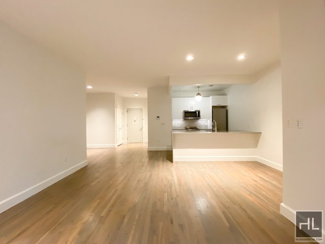 2 Bedrooms, Financial District Rental in NYC for $4,758 - Photo 2