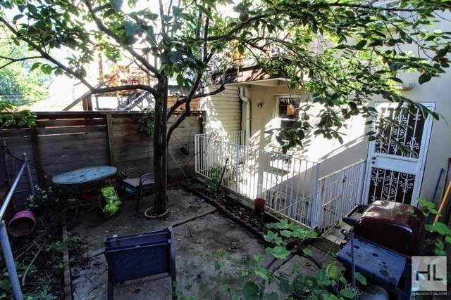 2 Bedrooms, South Slope Rental in NYC for $2,100 - Photo 1