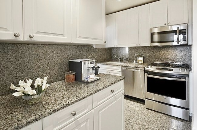 2 Bedrooms, Turtle Bay Rental in NYC for $3,816 - Photo 1