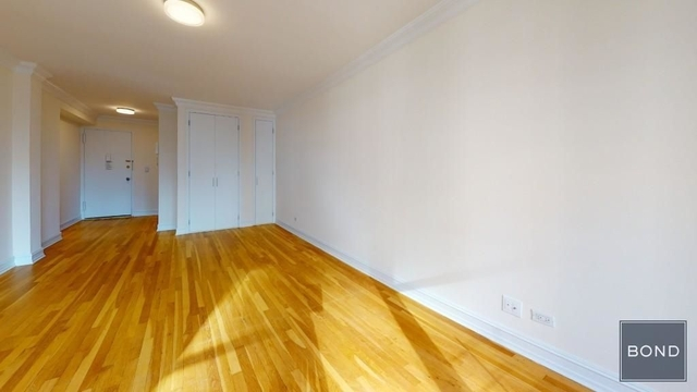 2 Bedrooms, West Village Rental in NYC for $4,667 - Photo 2