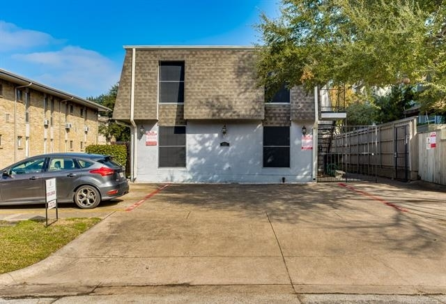 1 Bedroom, North Oaklawn Rental in Dallas for $1,050 - Photo 2