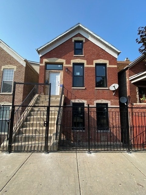 2 Bedrooms, Heart of Chicago Rental in Chicago, IL for $1,650 - Photo 1