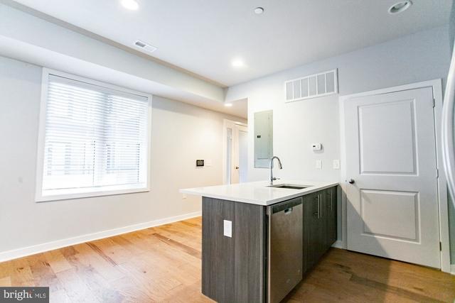 2 Bedrooms, Northern Liberties - Fishtown Rental in Philadelphia, PA for $1,650 - Photo 2