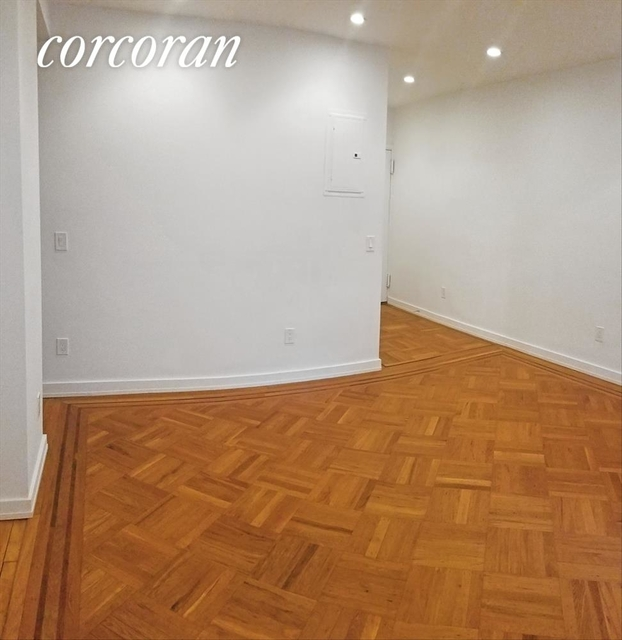2 Bedrooms, Greenwich Village Rental in NYC for $5,195 - Photo 2