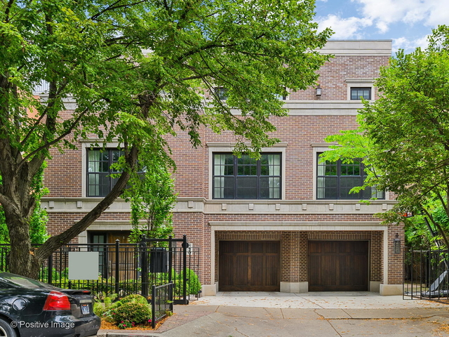 5 Bedrooms, Ranch Triangle Rental in Chicago, IL for $15,000 - Photo 1