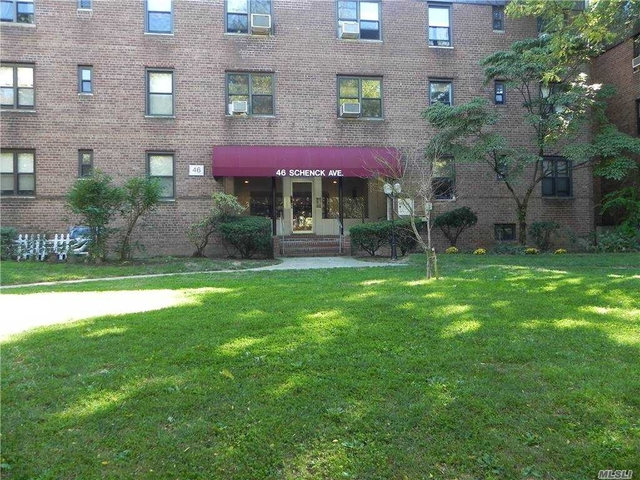 1 Bedroom, Great Neck Plaza Rental in Long Island, NY for $2,000 - Photo 1