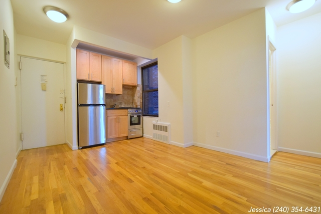 2 Bedrooms, Yorkville Rental in NYC for $2,246 - Photo 1